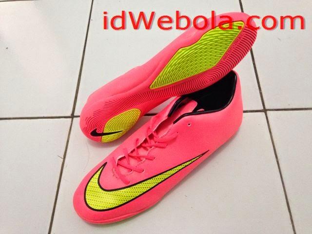 Sepatu Futsal Mercuri X Manggo