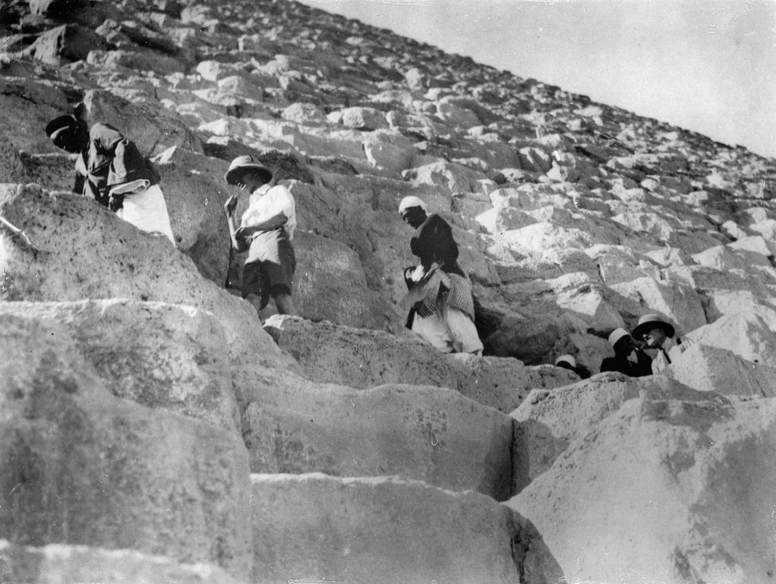 early tourist pyramids ancient Egypt