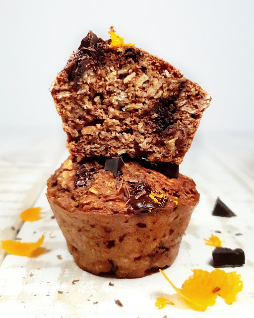 MUFFINS CHOCOLAT, ORANGE  AU SKYR ET FLOCONS D'AVOINE
