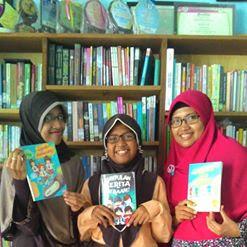 Norma Ambarwati (tengah), Sebagian karya anak-anak DNA WRITING CLUB Dari suka membaca, jadi suka menulis cerita untuk menghasilkan bacaan berkualitas dan seru untuk anak-anak di Indonesia