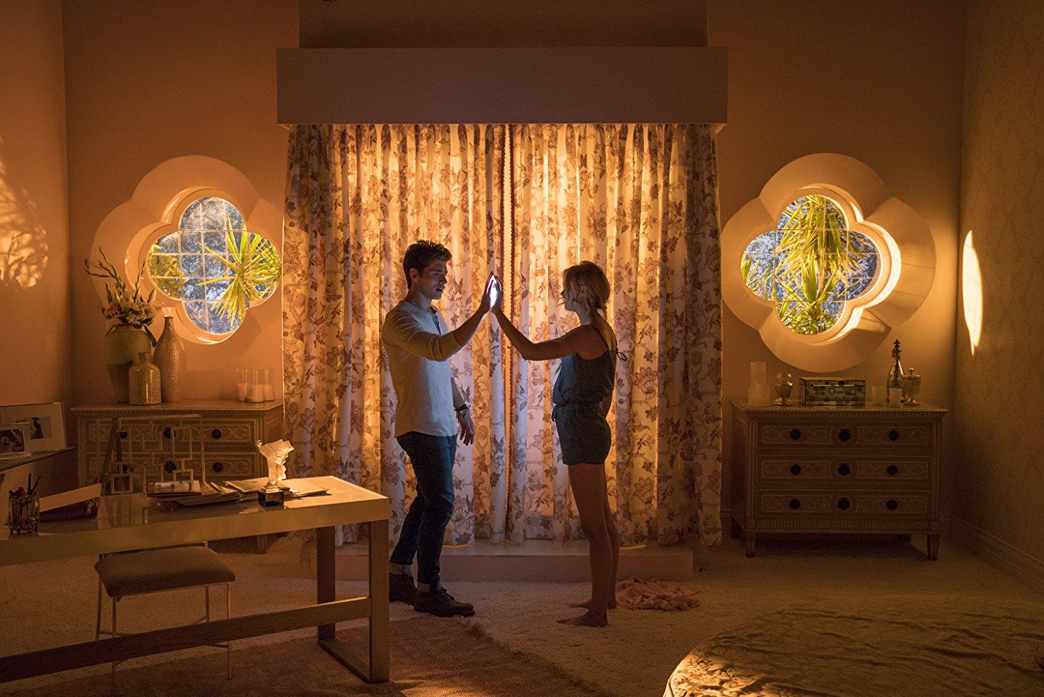 Karoline y Chase, en Runaways de Marvel