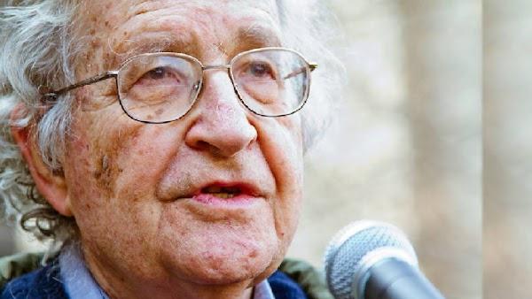 Noam Chomsky : estamos ante otro fallo masivo y colosal del capitalismo