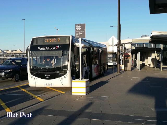 Bas Perth Airport ke Perth