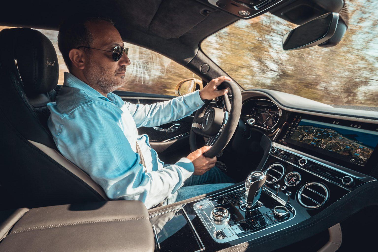 ريتشي - تجربة سيارة بنتلي كونتيننتال جي تي سبيد 2022 في صقلية