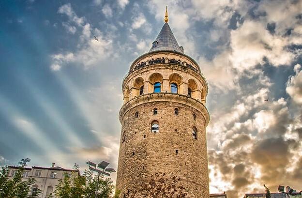 istanbul avrupa yakası tarihi ve doğal gezi yerleri geleta kulesi