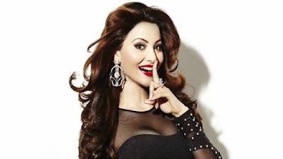 Urvashi Rautela Dance on Punjabi Song Video
