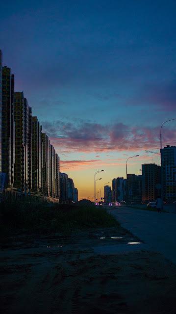 Saint petersbrug sky sunset district build