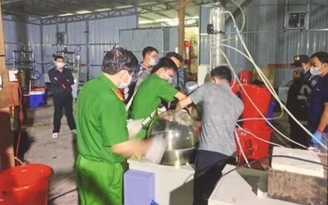 Nhóm người Trung Quốc sản xuất 13 tấn ma túy ở Kum Tom, Bình ĐỊnh