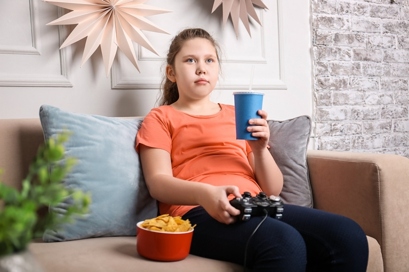 Obezite erken ergenliği artırıyor; Kız çocuklarına dikkat!