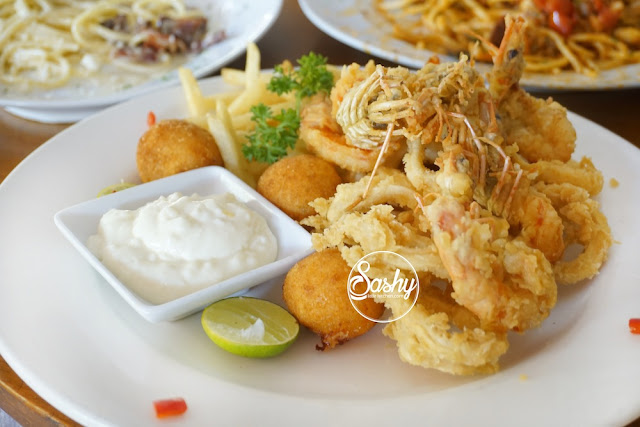 Massimo Bali - frittura di calamari e gamberi