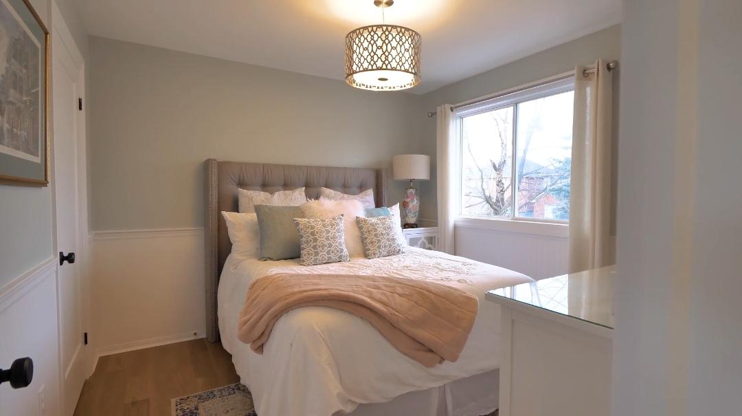 26 Interior Design Photos vs. 2207 Bluegrass Ln, Burlington, ON Home Tour