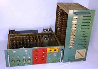 Fotografía de un voocoder fabricado por Kraftwerk en 1970