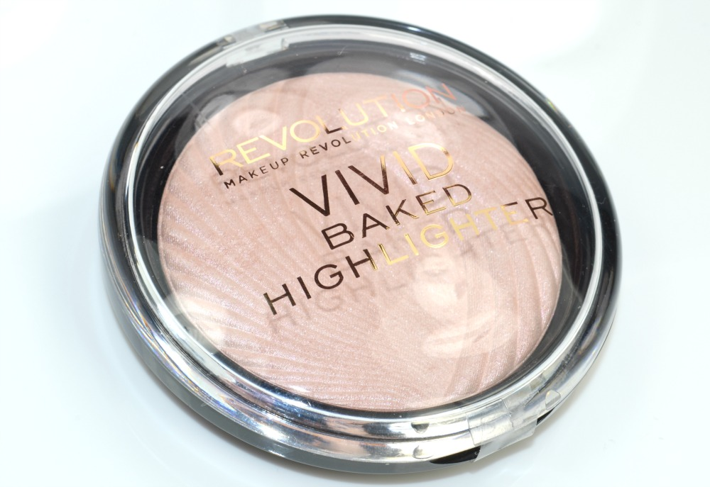 Makeup Revolution Golden Lights Powder Highlighter