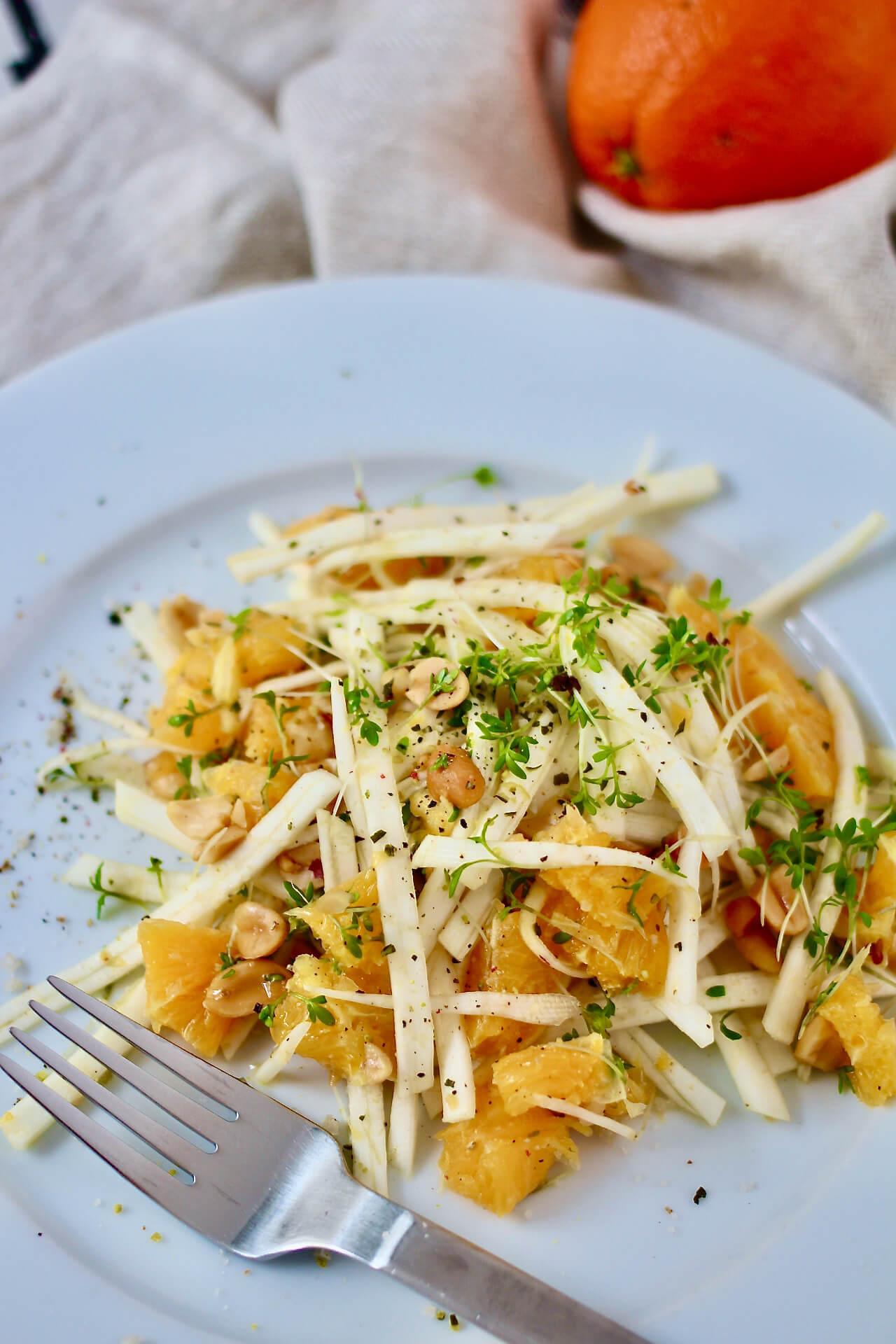 Rezept für einen Orangen-Sellerie-Salat