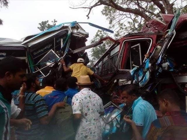 ஹம்பாந்தோட்டை - லுனுகம்வெஹெர பகுதியில் இடம்பெற்ற பேருந்து விபத்தில் 50 பேர் #காயமடைந்துள்ளனர்