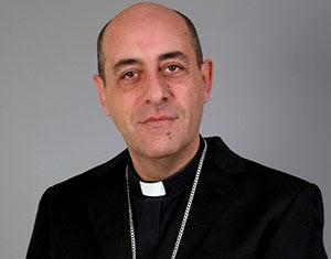 Mons. Fernández