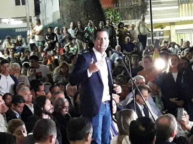 VENEZUELA: Guaidó, desde Pza. Bolívar de Chacao: ¡Cobarde Nicolás! Que no te enfrentas a mí, sino al pueblo.