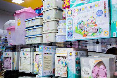 Seção Baby da loja Curumins Silva Confecções & Papelaria, em Ponto Novo, Bahia, produzida por Romilson Almeida/Guia Ponto Novo