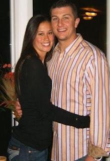 Danyll Gammon hugging her spouse Troy Tulowitzki