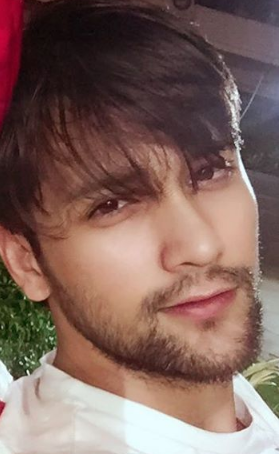 Sumit Bhardwaj and sonal vengurleka age, wiki, Biography, Beyhadh, Girlfriend, instagram, birthday, height, serials