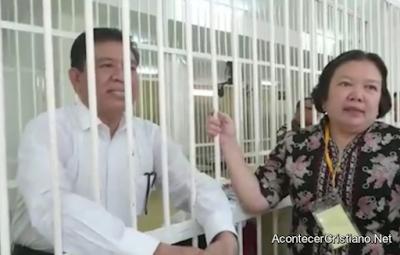 Pastor indonesio preso por evangelizar