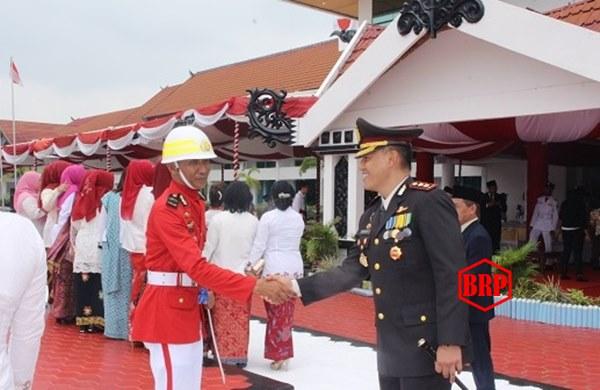 Kapolres Barsel Apresiasi Komandan Paskibra Atas Keberhasilan Memimpin Pengibaran Bendera