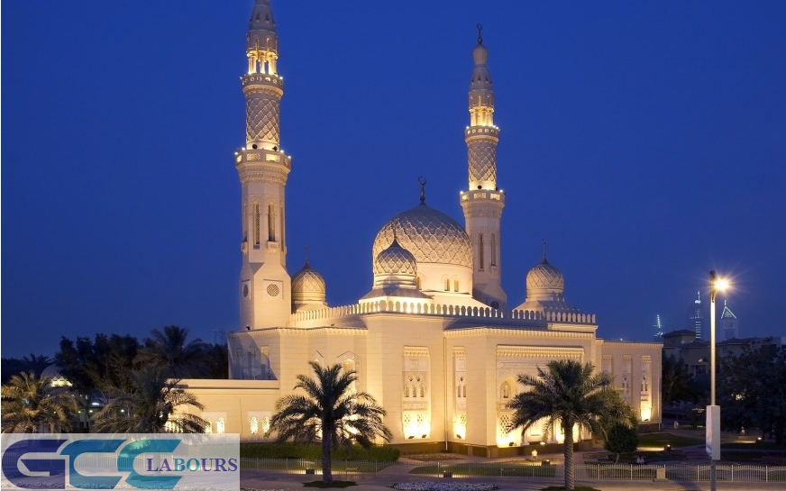 grand mosque dubai,  jumeirah mosque timings,  jumeirah mosque dubai - united arab emirates,  jumeirah mosque facts,  jumeirah mosque history,  jumeirah mosque iftar,  jumeirah mosque visitor timings,  biggest mosque in dubai,