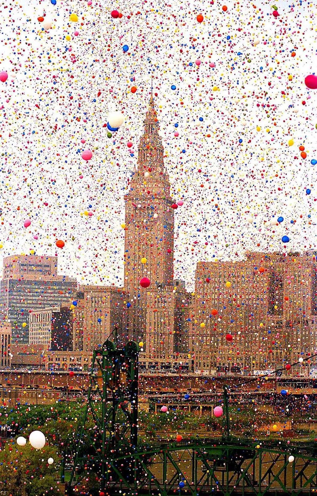 In the days following the event, balloons were reported washed ashore on the Canadian side of Lake Erie.