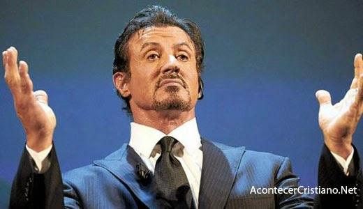 Sylvester Stallone se convierte al cristianismo