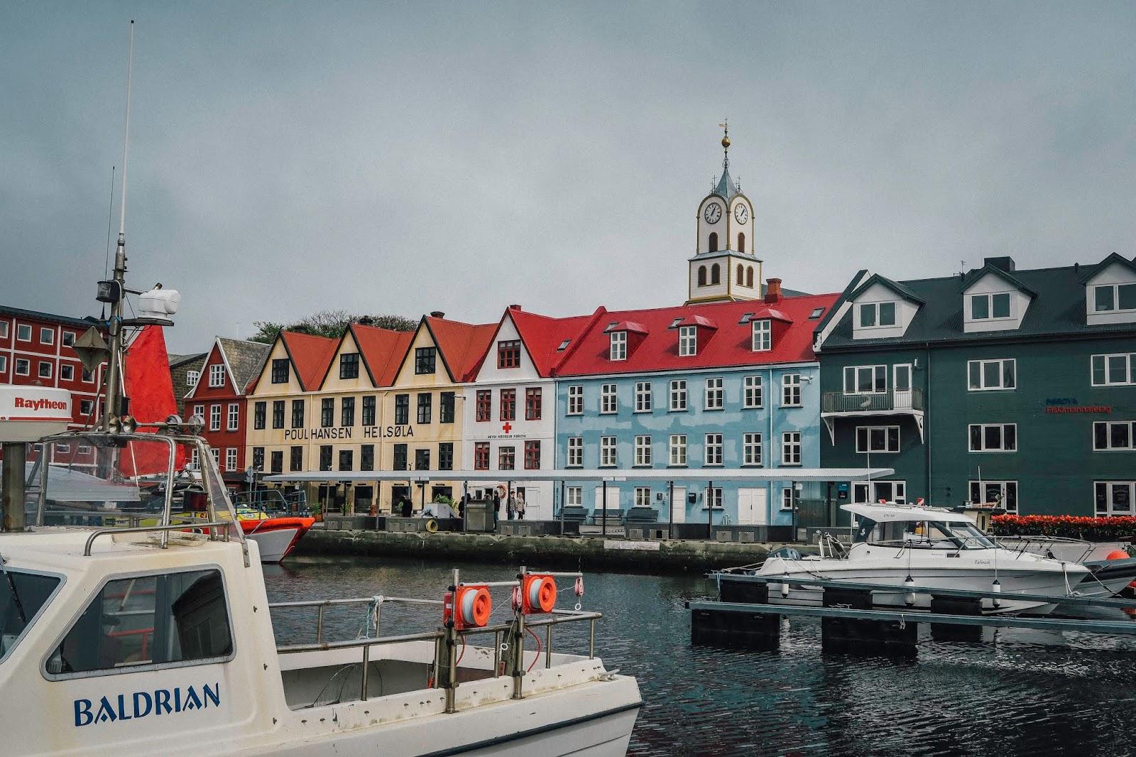 torshavn instagram spots faroe islands liquid grain liquidgrain
