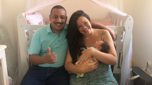 Mãe se surpreende ao dar à luz menino; exames apontavam sexo feminino