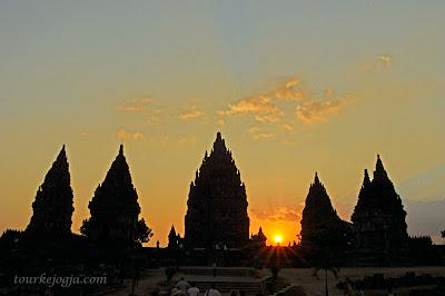 Sunset di Candi Prambanan