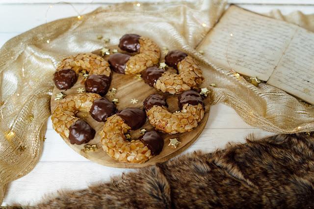 Die besten Marzipanhörnchen mit Zartbitterschokolade