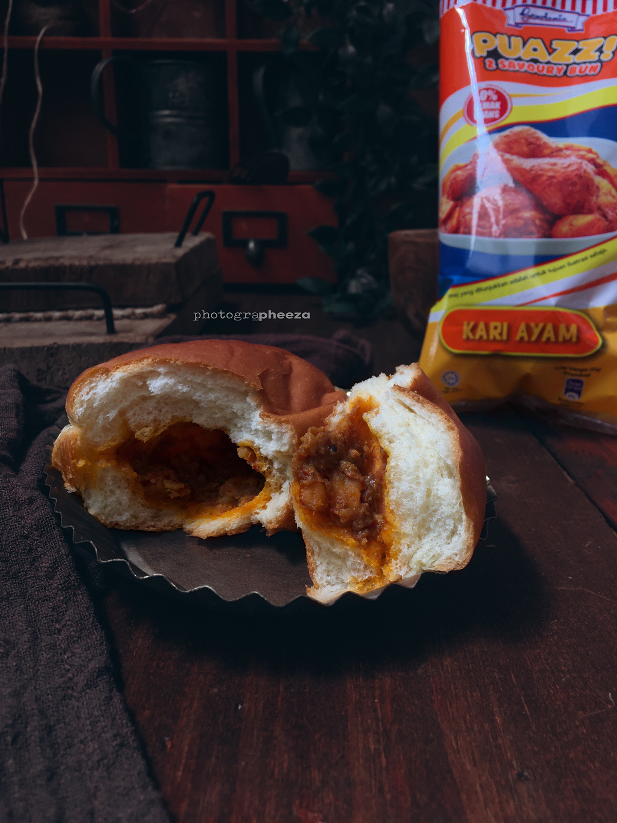 Roti Grrdenia Puazz Kari Ayam