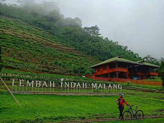 Lembah Indah Gunung Kawi Malang