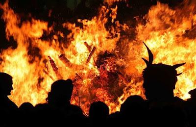 Kisah Nabi Ibrahim Di Bakar Dengan Nyalaan Api Yang Belum Pernah Di lihat Manusia