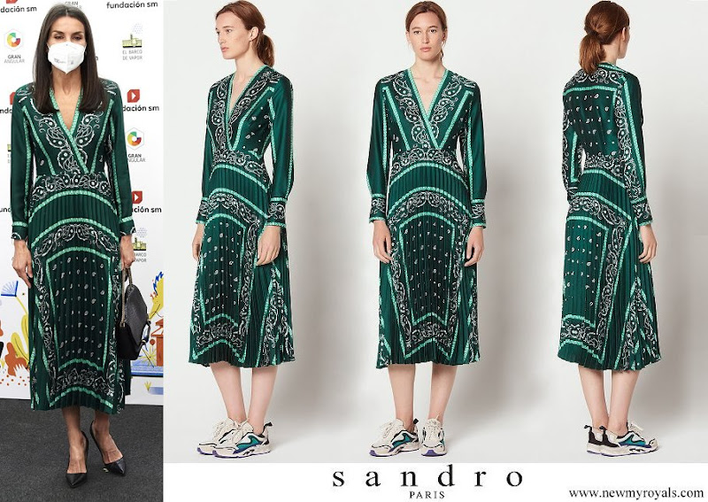 Queen Letizia wore a scarf prints long dress from Sandro