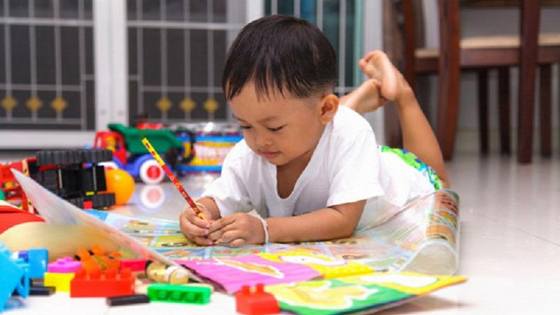 Kenali Penyebab Anak Tidak Bisa Diam atau Hiperaktif