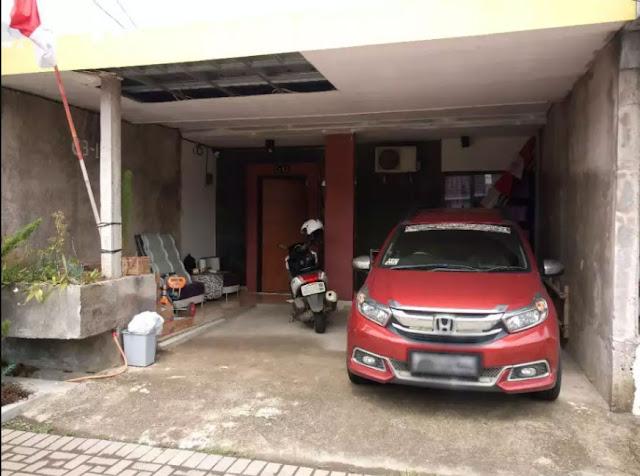 Halaman Depan (Outdoor) - Jual Over Kredit Rumah Komplek di Cikoneng, Bojongsoang, Bandung