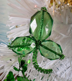 6 easy shamrock crafts for st. patrick's day
