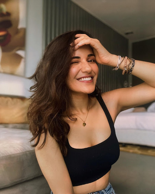 Ruhani Sharma Latest Hot Pictures Actress Trend