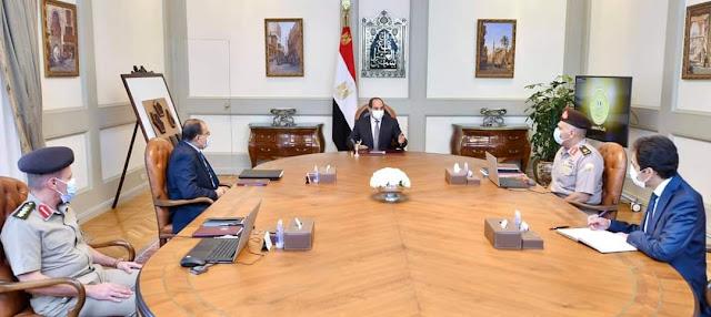 الرئيس السيسي يتابع مشروعات محاور وطرق منطقة الصعيد