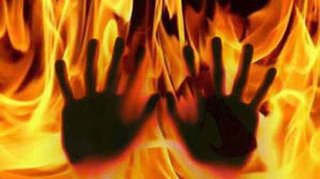 husband sets wife ablaze