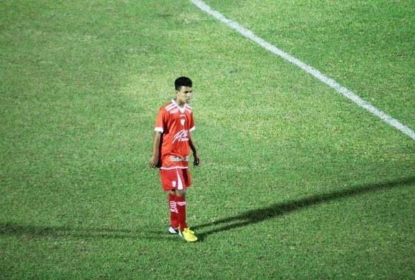5ea18d5c3c403 O mercado da bola no Flamengo está muito movimentado nos últimos dias.  Recentemente o clube fechou a contratação do zagueiro argentino Alejandro  Donatti