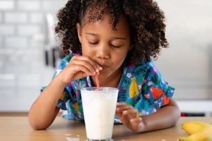 Isi Susu Bubuk yang Belum Banyak Orang Ketahui, Masih Sehatkah?
