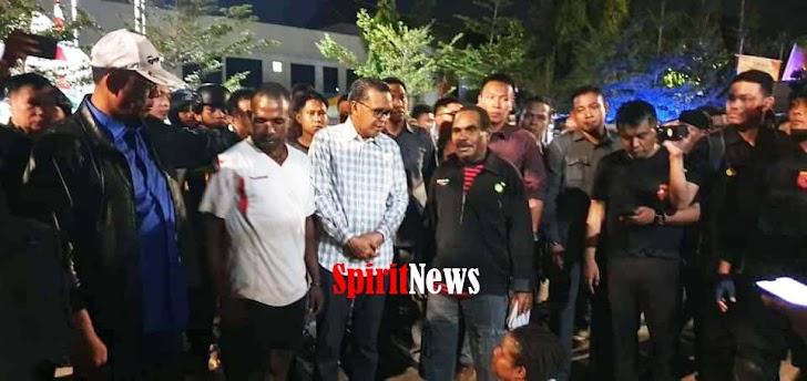 Gubernur Sulsel Bersama Wakpolda Adnas, Melihat Langsung Asrama Mahasiswa Papua