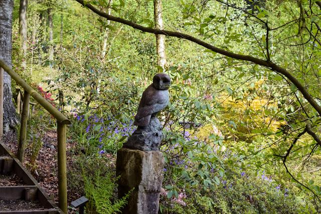 Himalayan Garden and Sculpture Park owl sculpture