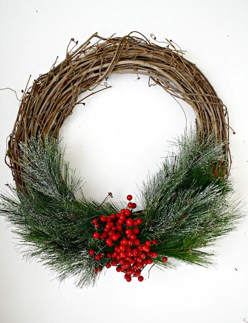 Christmas grapevine wreath DIY