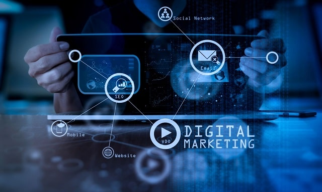 top digital marketing trendsetters to follow martech industry influencers