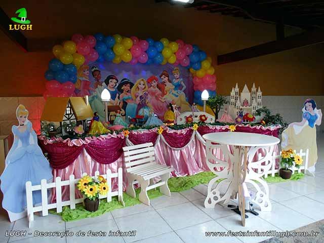 Mesa decorativa das Princesas(Disney) luxo para festa de aniversário